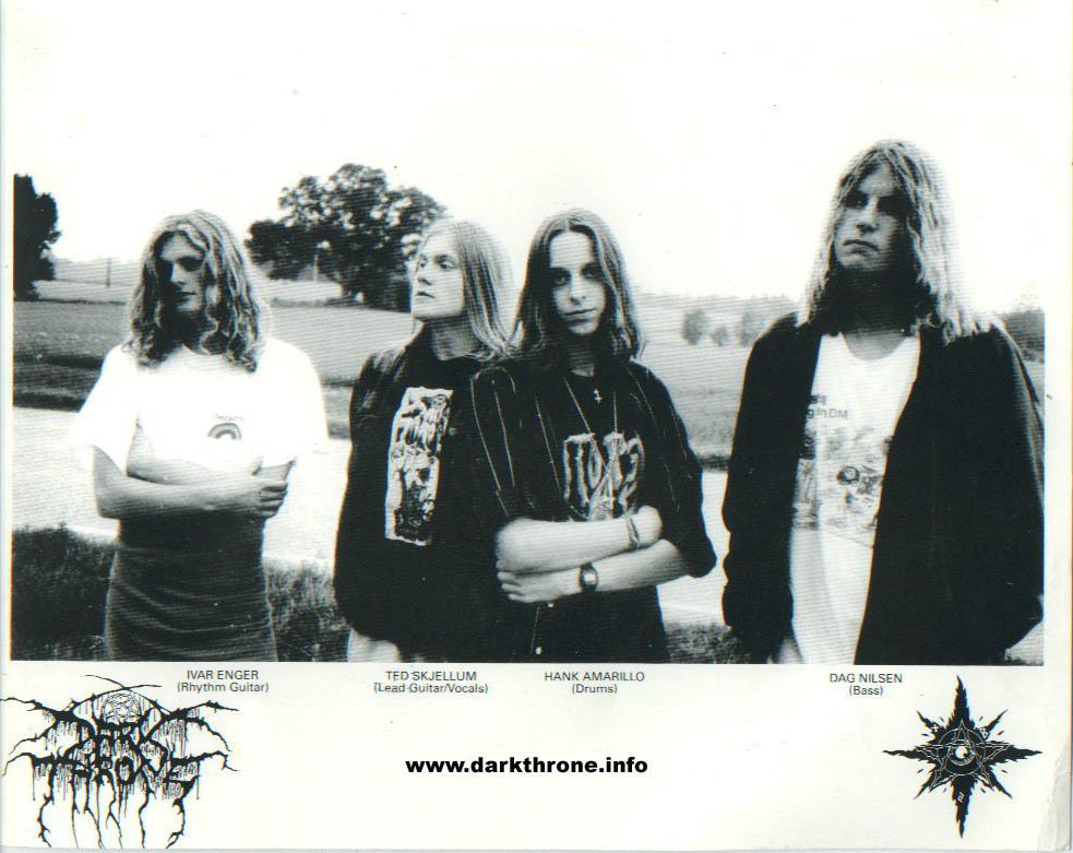 Foto divulgação da Peaceville Records na época do lançamento de Soulside Journey